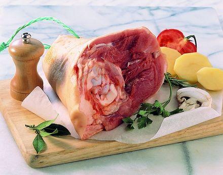 Jarret de porc cuisine et achat la - Cuisiner un jambonneau ...