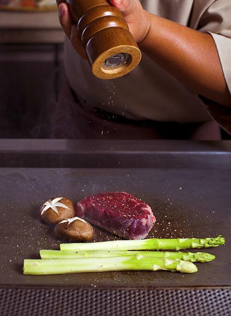 Cuire la viande la plancha cuisine et achat la for Cuisine 0 la plancha