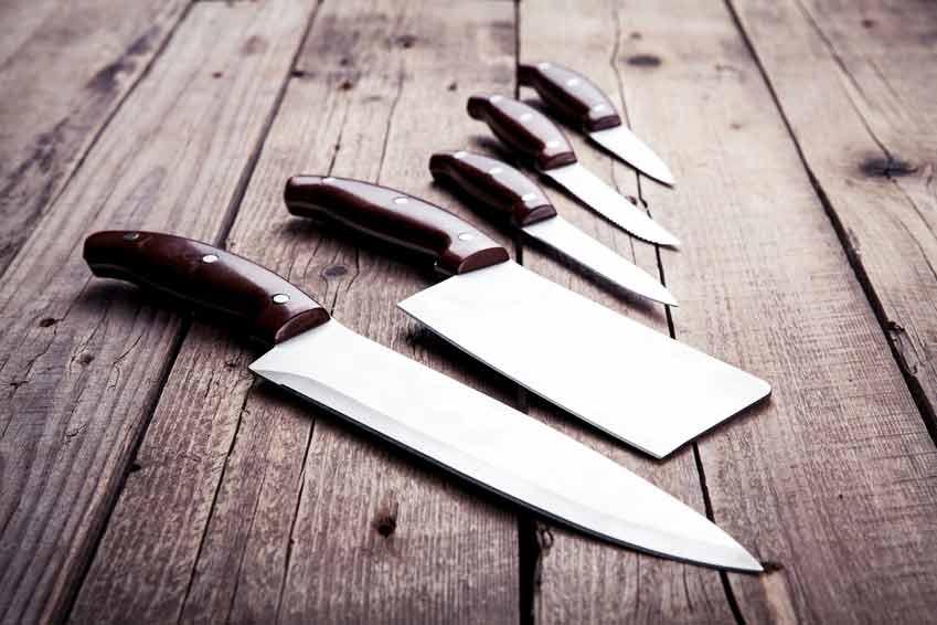 Le couteau à viande de cuisine et de table