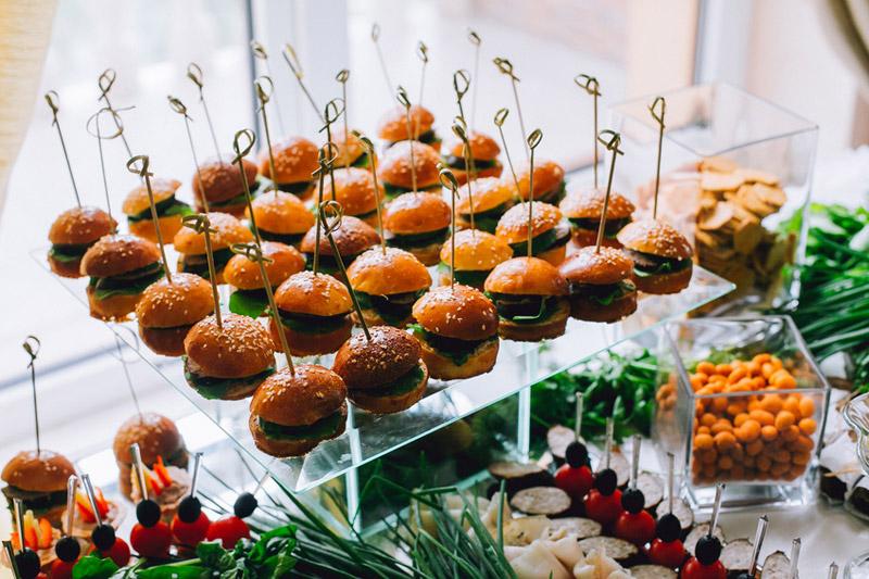 Un buffet de fêtes de fin d'année XXL