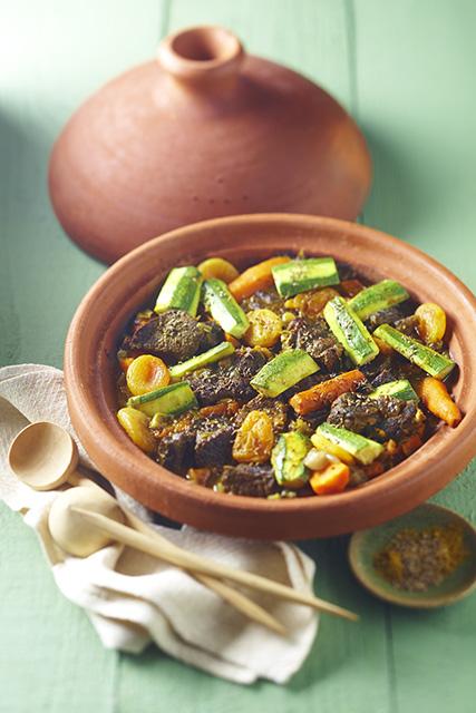 maroc le tajine la cuisson marocaine l touff e culture et soci t la. Black Bedroom Furniture Sets. Home Design Ideas