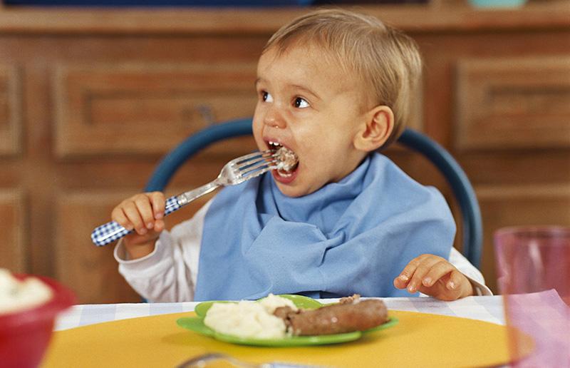 La répartition et la composition des repas chez l'enfant