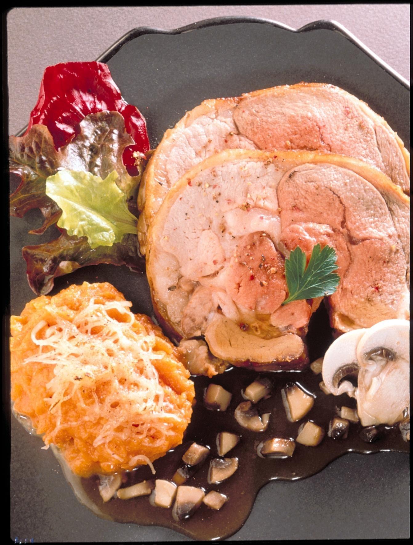 Selle d 39 agneau aux champignons gratin de courge recettes de cuisine la - Comment cuisiner la selle d agneau ...