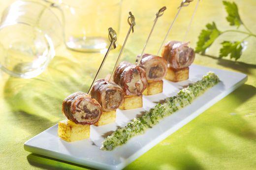 Tapas de foie de b uf au lard et au beurre persill - Cuisiner le foie de boeuf ...
